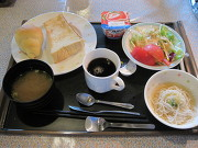 華ちゃんの朝食
